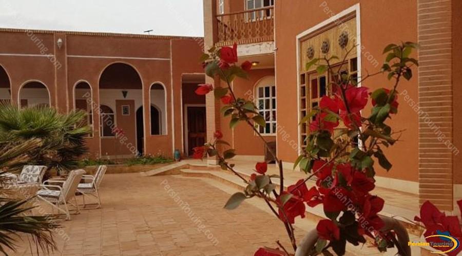 bali-desert-hotel-isfahan-1