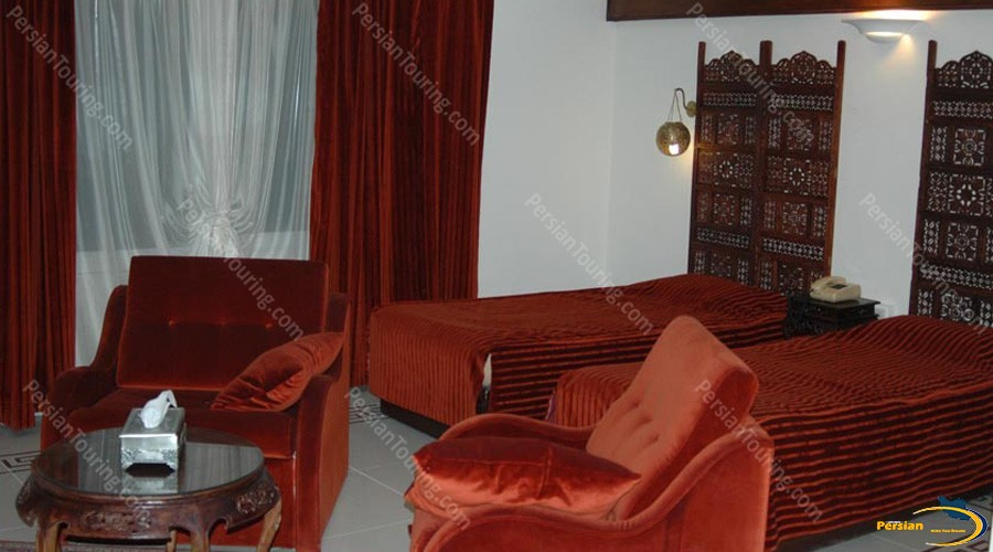 chehel-panjereh-hotel-isfahan-twin-room-5