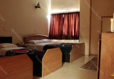 homam-hotel-isfahan-quadruple-room-1