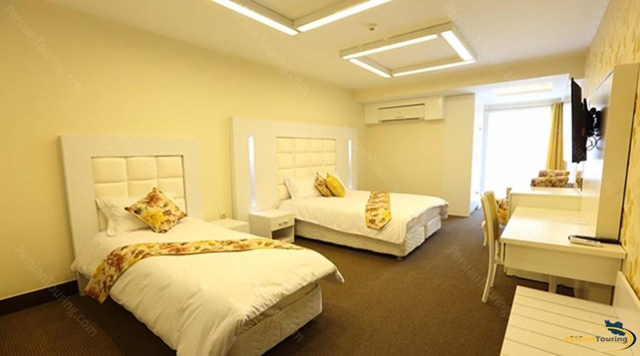 baloot-hotel-tehran-triple-room-6