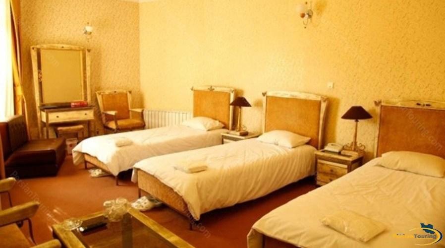 bolour-hotel-tehran-triple room 1