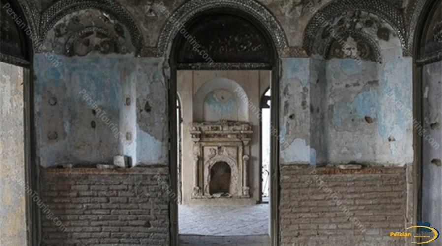 eshrat-abad-palace-and-garrison-2
