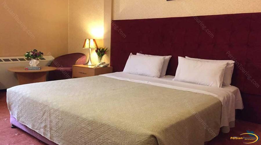 iran-hotel-tehran-doubl;e-room-1