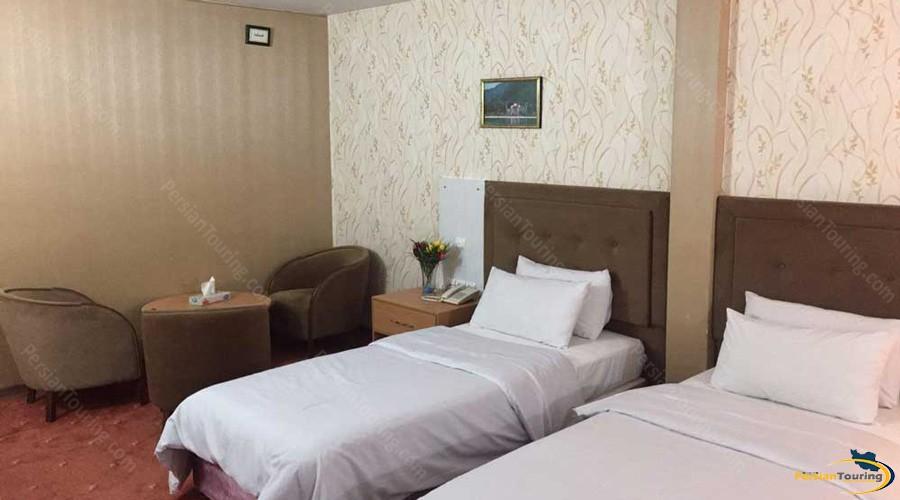 iran-hotel-tehran-twin-room-14
