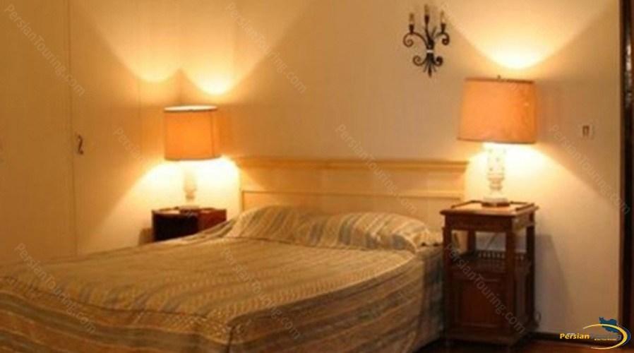 shemshak-tourist-hotel-tehran-double-room-1
