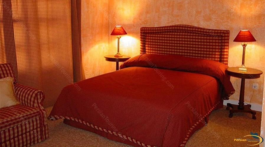 tochal-hotel-tehran-double-room-4
