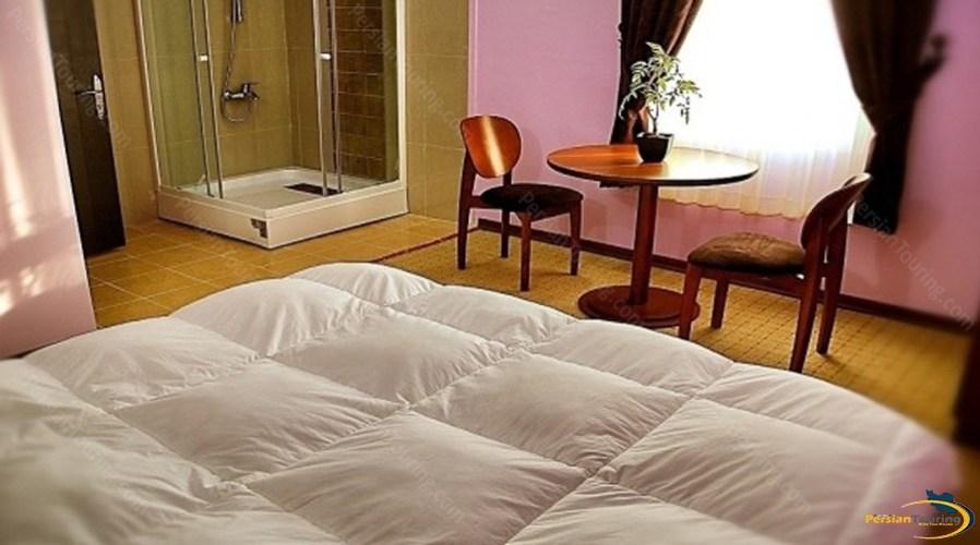 kimia-4-Hotel-qeshm-double-room-2