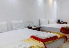 amir-kabir-hotel-kashan-quadruple-room-2