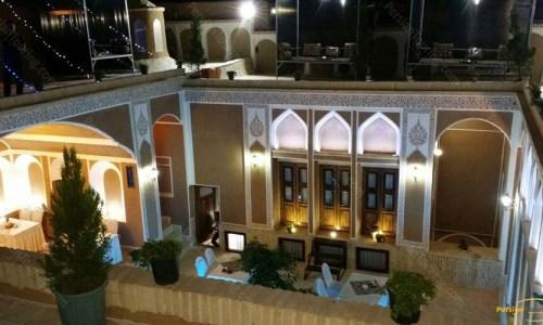royay-ghadim-traditional-hotel-yazd-yard-3
