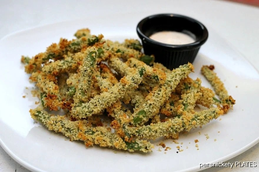 Crispy Baked Green Bean Fries | Persnickety Plates