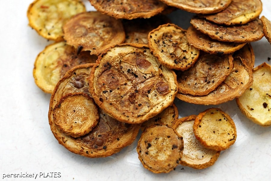 Squash Chips - a healthy alternative to potato chips that pack a ton of flavor!   Persnickety Plates