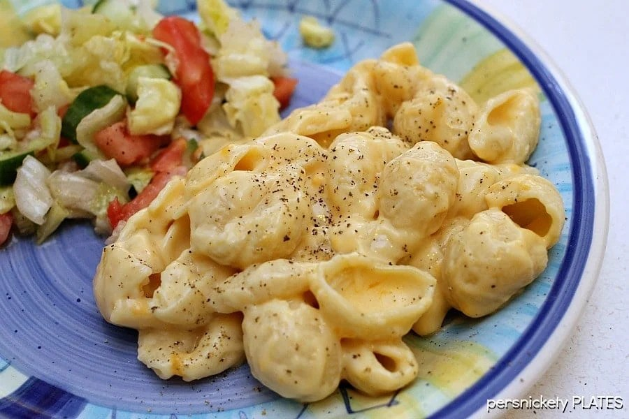 plate of homemade creamy macaroni and cheese