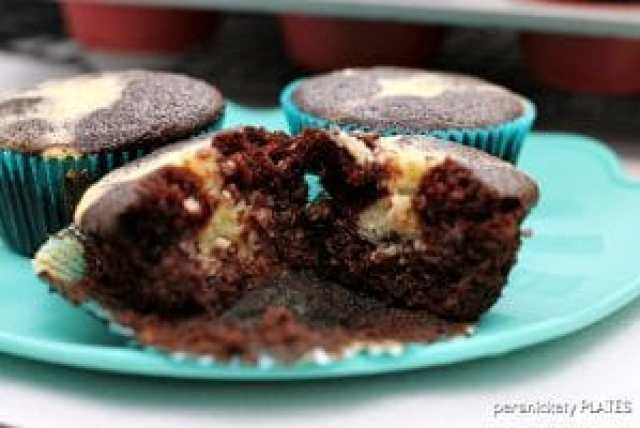 Cheese Cake Filled Black Bottom Cupcakes