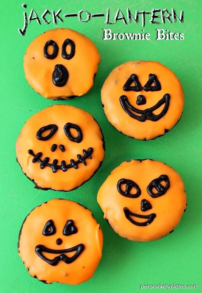 Jack-O-Lantern Pumpkin Brownie Bites | Persnickety Plates
