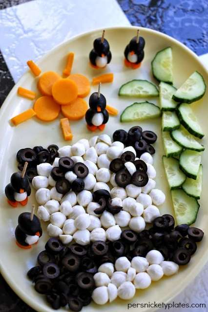 Olive {I LOVE} Pandas | Persnickety Plates #CalOliveCrafts #CleverGirls