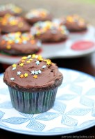 Chocolate Milk Cupcakes with Chocolate Milk Buttercream Frosting   Persnickety Plates
