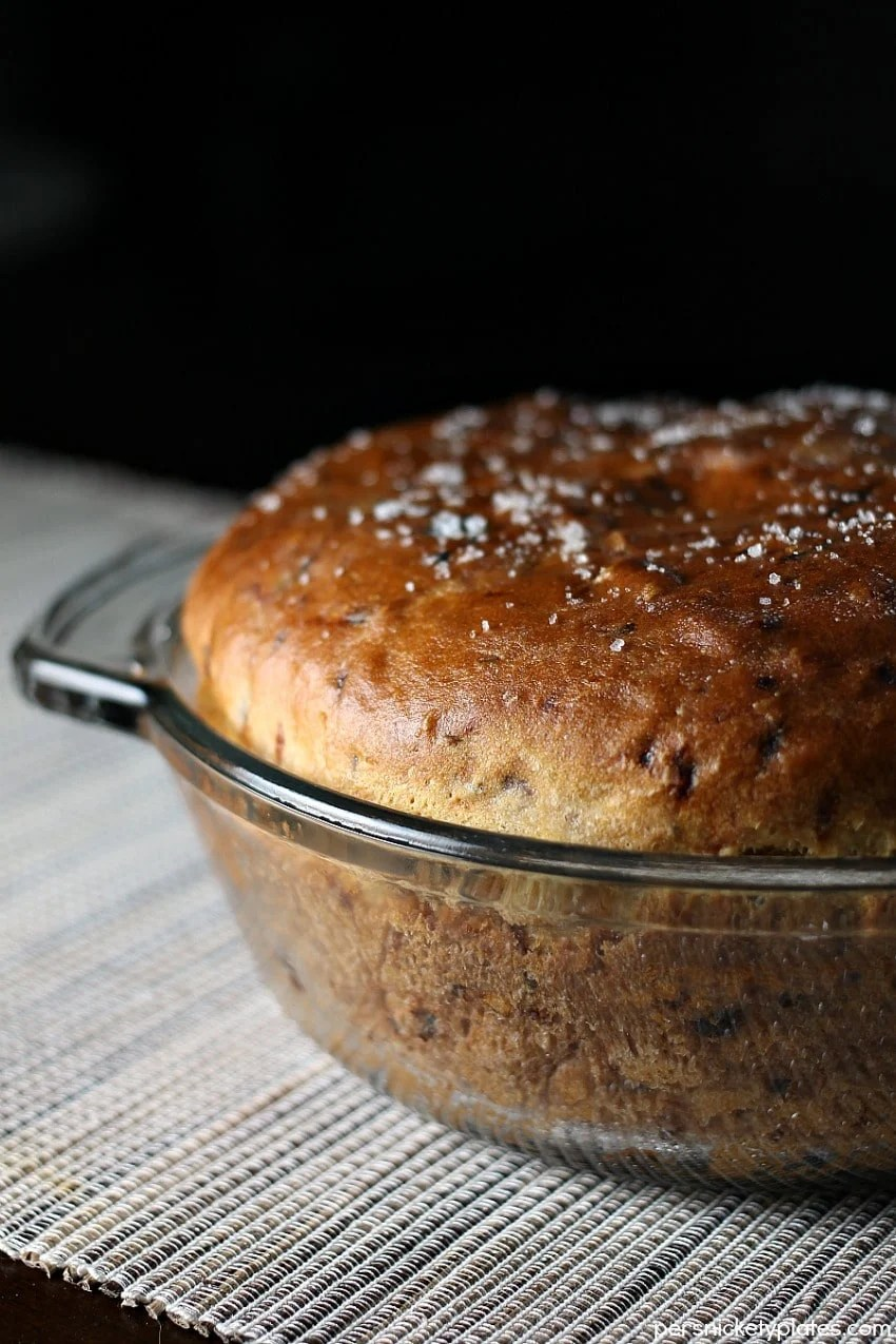 Onion Dill Bread is a simple bread recipe passed down from my great grandma. It pairs perfectly with soups & stews!   Persnickety Plates