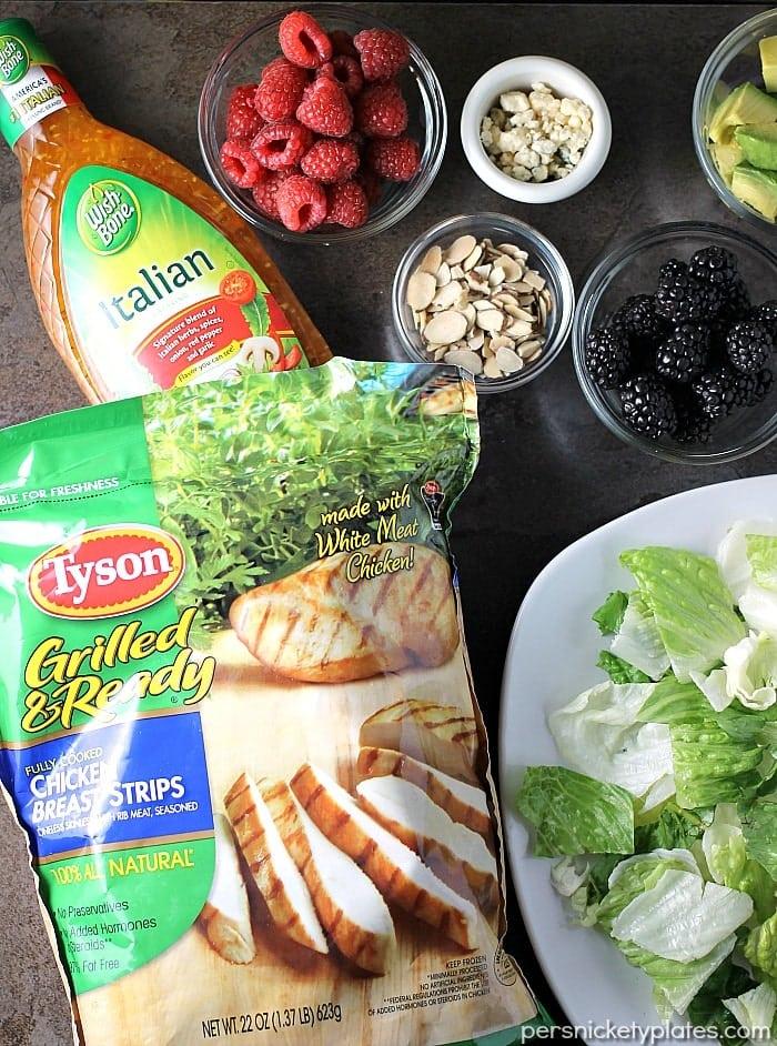 Summer Cobb Salad is quick to throw together and full of fresh flavors to kick off your summertime eating!   Persnickety Plates ad