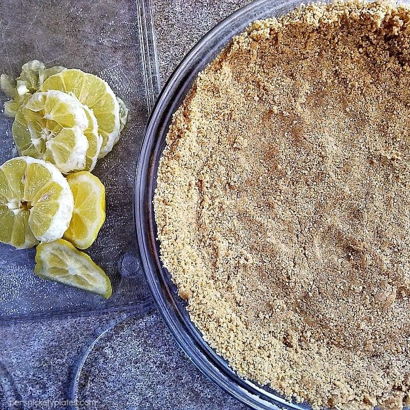 lemonade-ice-cream-pie-crust