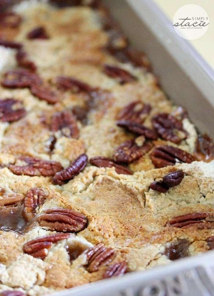 caramel-apple-dump-cake-5