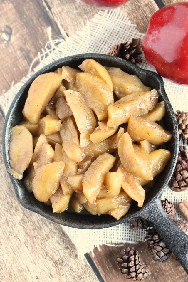 brown-sugar-cinnamon-skillet-apples