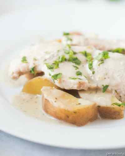 Slow Cooker Creamy Ranch Pork Chops & Potatoes – six ingredients and a full meal right in your slow cooker! | www.persnicketyplates.com