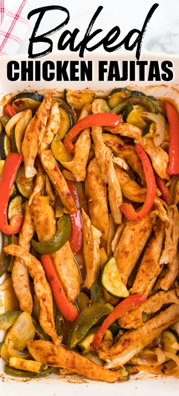 Oven baked chicken fajitas are ready in just 45 minutes making them an easy, healthy dinner option! | www.persnicketyplates.com #dinner #chickendinner #easyrecipe #fajitas #healthy via @pplates