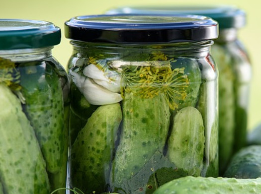 pickle jars via pixabay