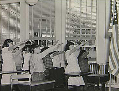 american-school-children-bellamy-salute.jpg
