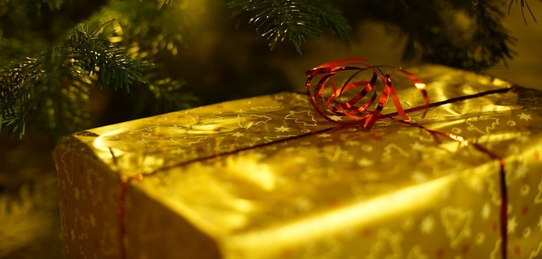 Top tips to tackle the cost of Christmas 2017