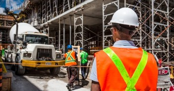 What Types of Insurance Do Construction Contractors Need?