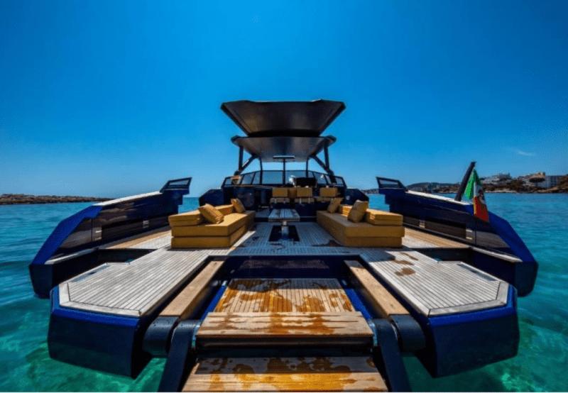 $691K Yacht