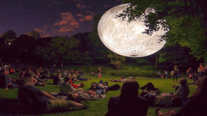 Moonlight Night e ad Arona si potrà toccare la Luna con un dito…