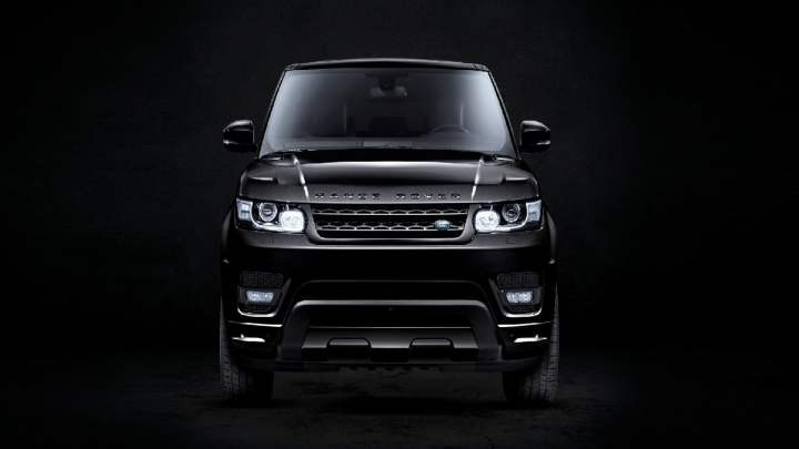"""""""Sono Nera. È un problema?"""": la nuova campagna pubblicitaria di Range Rover Sport"""