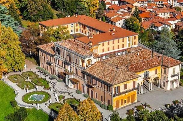 Villa Cagnola a Gazzada Schianno