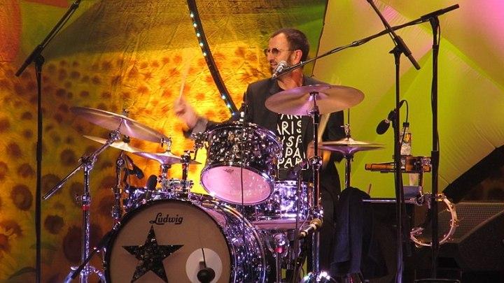 7 luglio, Ringo Starr il primo Beatles a compiere 80 anni