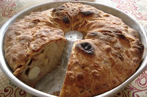 Il casatiello, pane salato pasquale