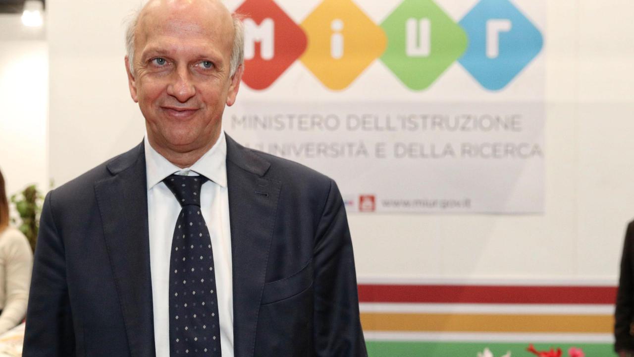 Bussetti firma l'Atto di Indirizzo con le priorità politiche per il 2019. LEGGI I PUNTI