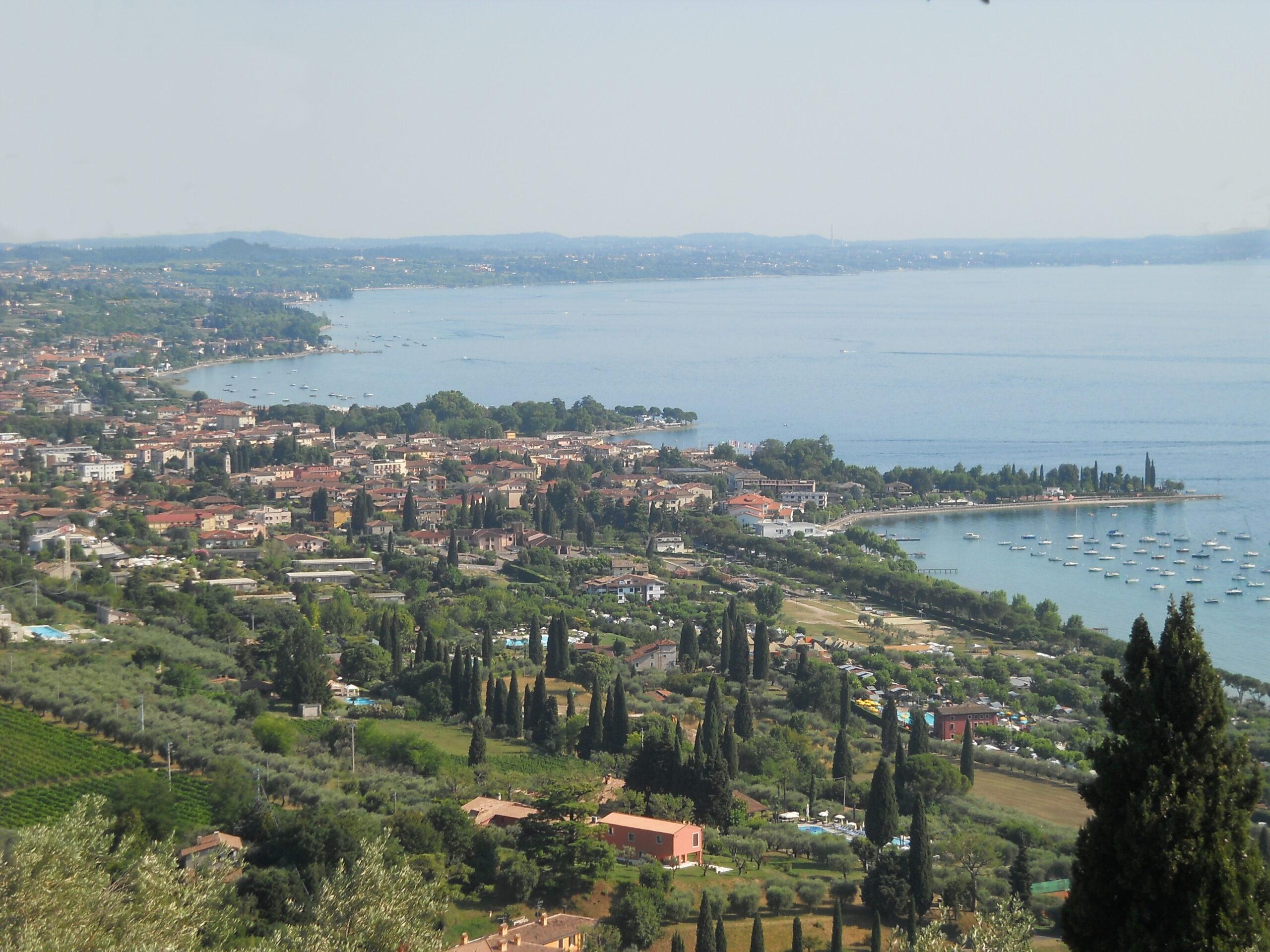 Nasce a Bardolino un percorso enoturistico lungo 100 km tra le vigne del Garda