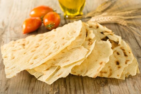Il pane carasau, segreti dalla Sardegna