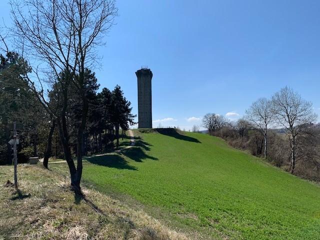 Il sentiero delle Cinque Torri in Piemonte