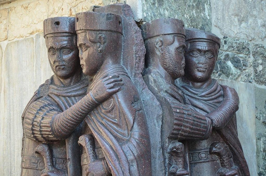 La statua dei quattro imperatori a Venezia