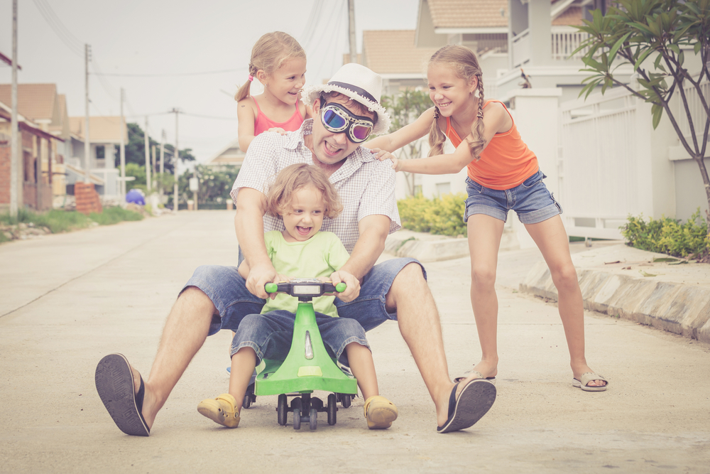 Prevent childhood obesity, teach your kids the healthy Personal Trainer Food way to be active; get out there and take a walk or ride a scooter with them!
