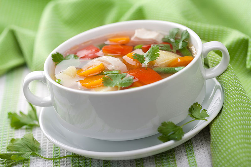 Save money and lose weight with this low-carb lunch hack that uses fresh veggies to make a fat-burning soup in minutes.