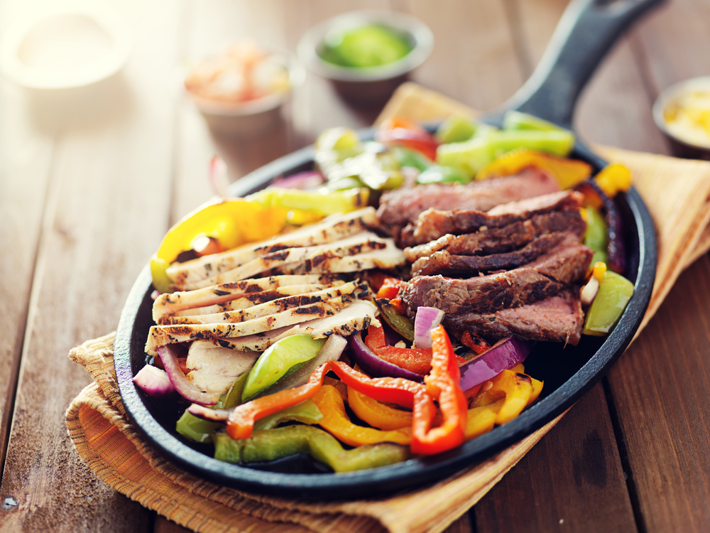 Fajitas follow Personal Trainer Food's weight loss guidelines, so you can eat out and lose weight!