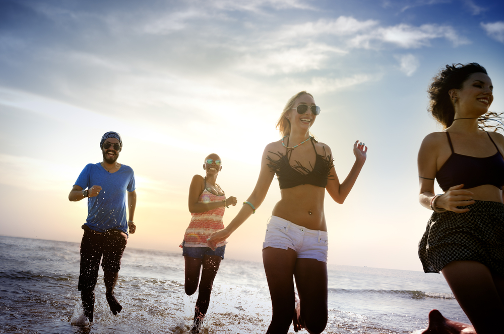 Find out how to drop a few pounds quickly for the beach getaway, big event, or to bust through a weight loss plateau by doing a clear liquid fast.