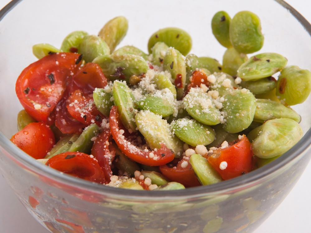 Lose weight fast with Personal Trainer Food's tasty superfoods like Tomato Basil Lima Beans!