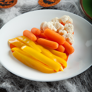 Personal Trainer Food has some cute healthy recipes for Halloween for you and your trick or treaters to eat before they go out.