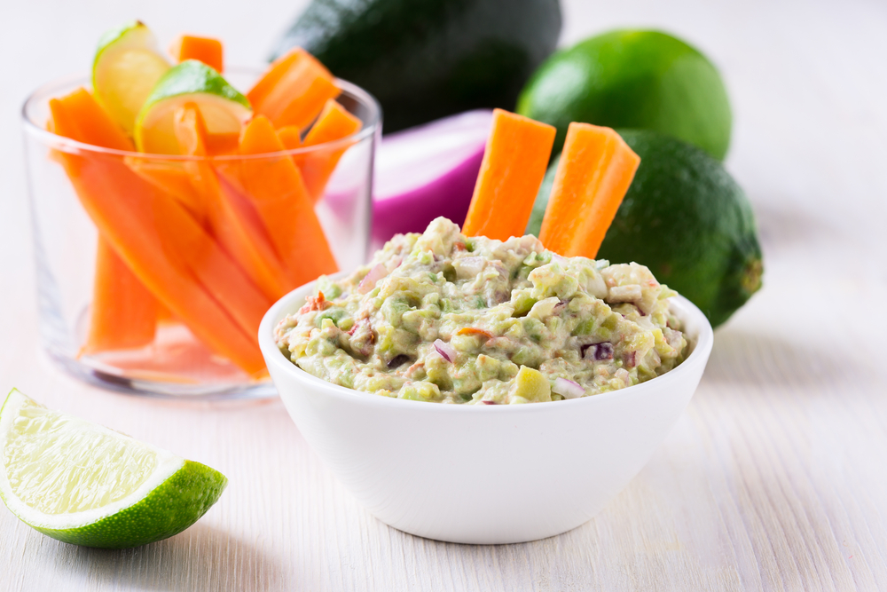 Healthy guacamole recipes to help you fight cravings and lose weight effortlessly from Personal Trainer Food.