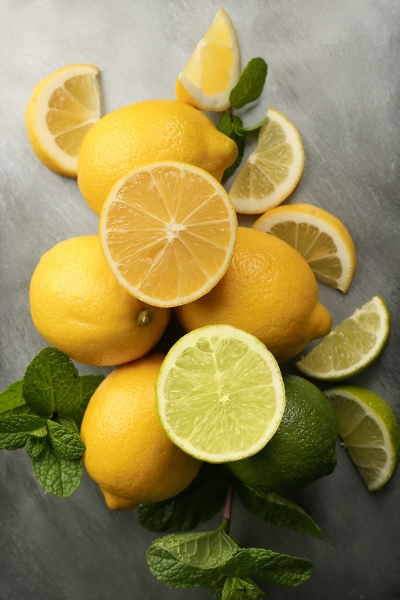 Pin this now: Can you have lemon or lime juice on a low-carb diet; will they help speed up weight loss by making your body more alkaline or does that actually work? Find out with this list from Personal Trainer Food.